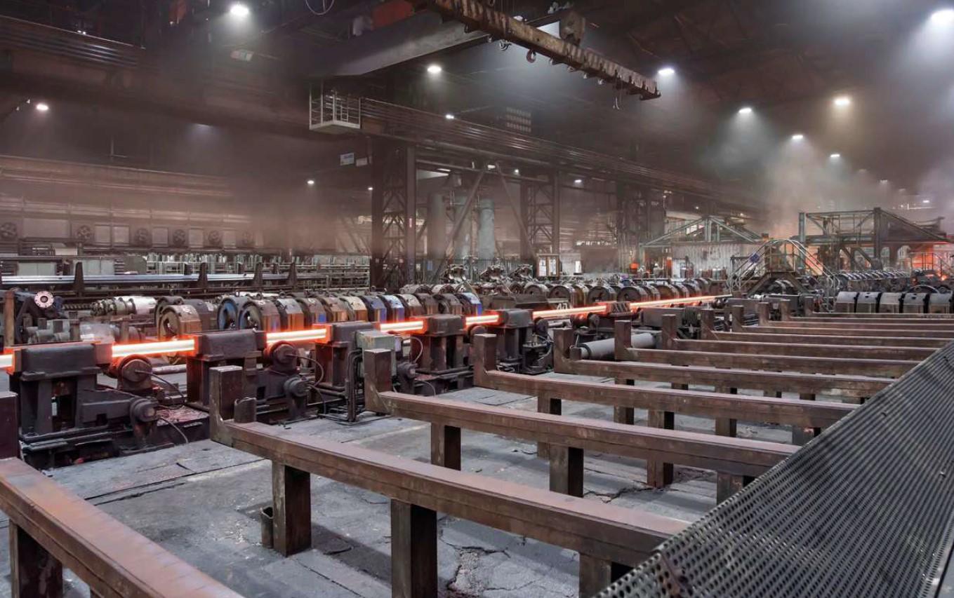 LED reflektorji za industrijske objekte