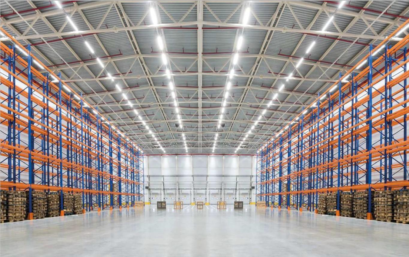LED industrijske svetilke za skladišče