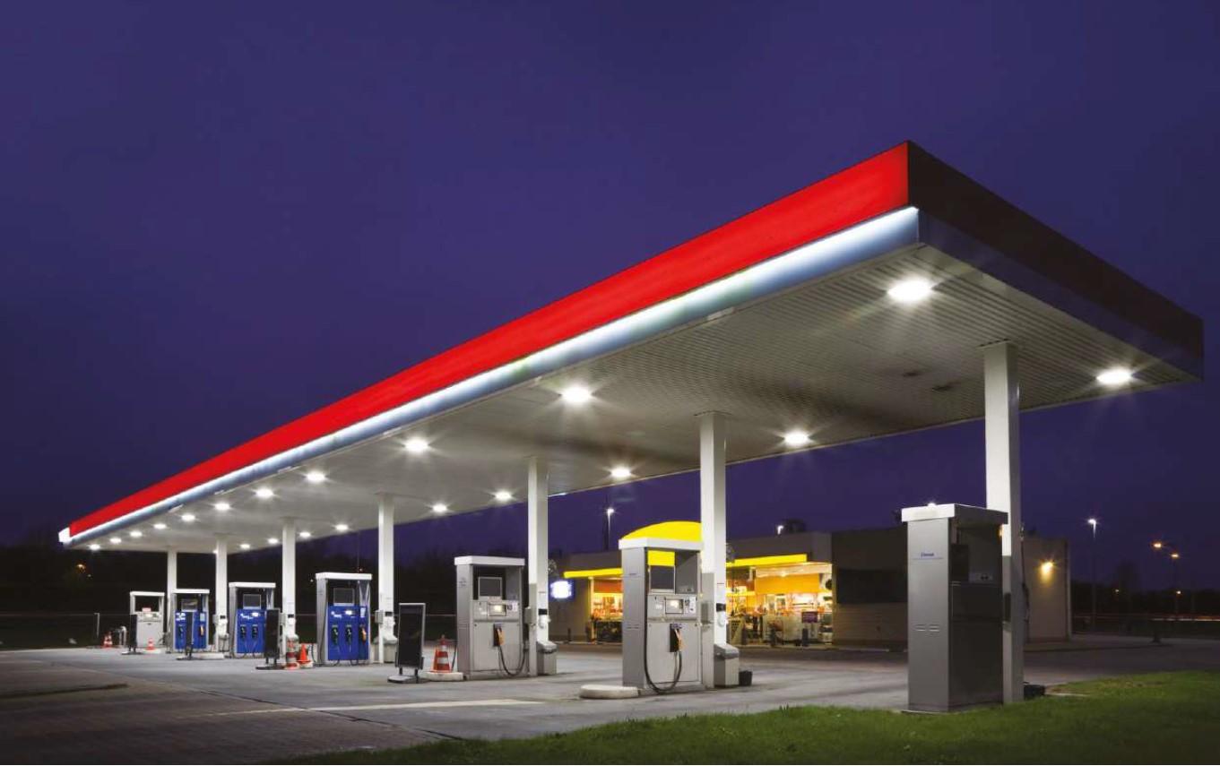 Posebne LED svetilke - bencinska črpalka